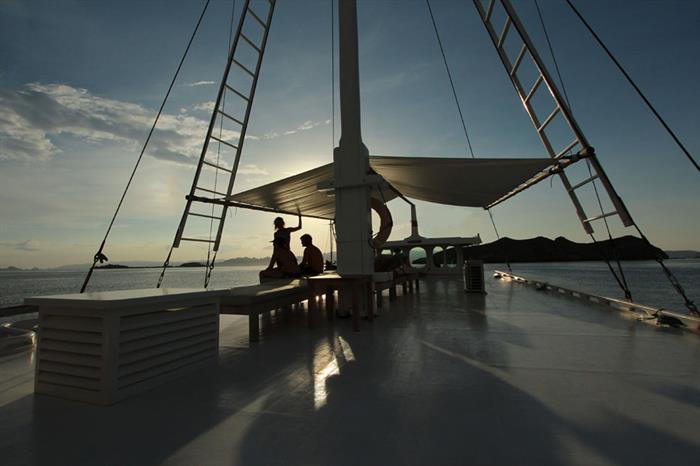Enjoy amazing sunsets onboard Duyung Baru Liveaboard