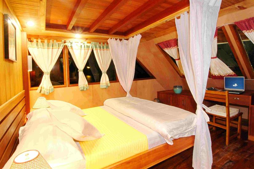 Upper Deck Cabin - Princess Haleema Liveaboard Maldives