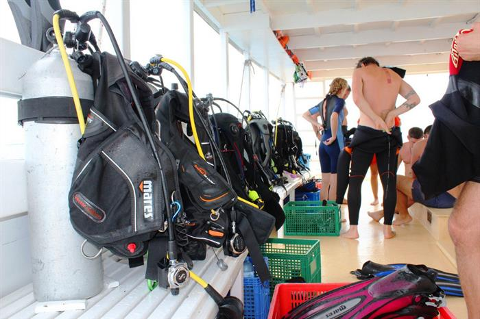 Honors Legacy Liveaboard Dive Deck