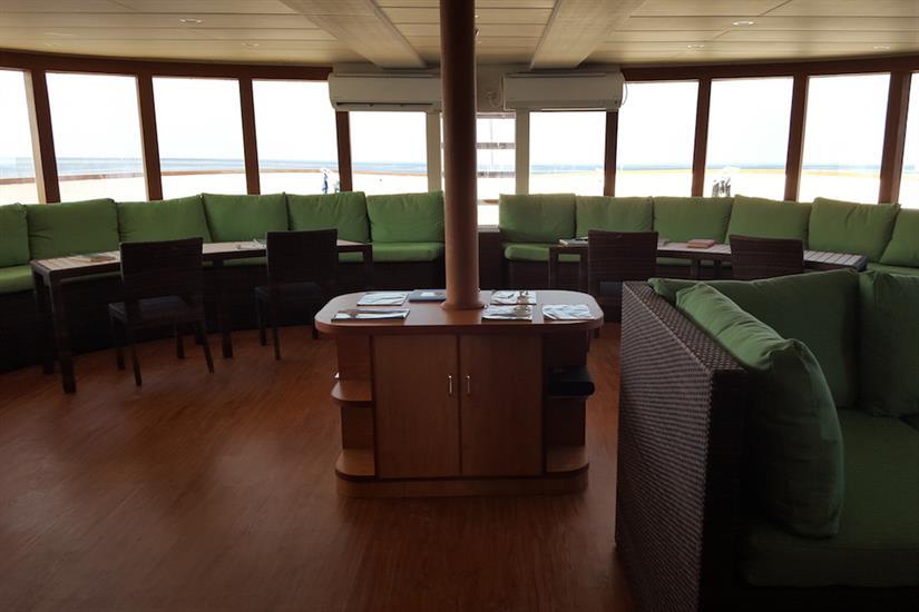 Lounge with amazing views - Carpe Novo Maldives