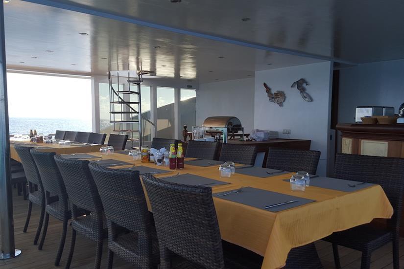Open Air Dining Area - Carpe Novo Maldives