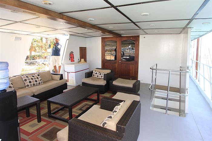 Outdoor lounge - Rocio del Mar