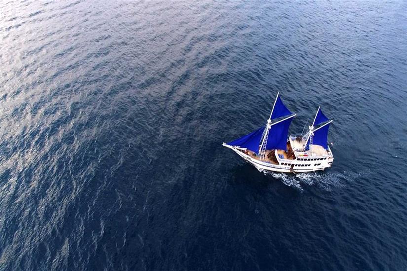 KM Bidadari is sailing