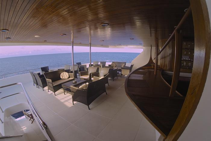 Outdoor Lounge & Bar - Sachika Liveaboard