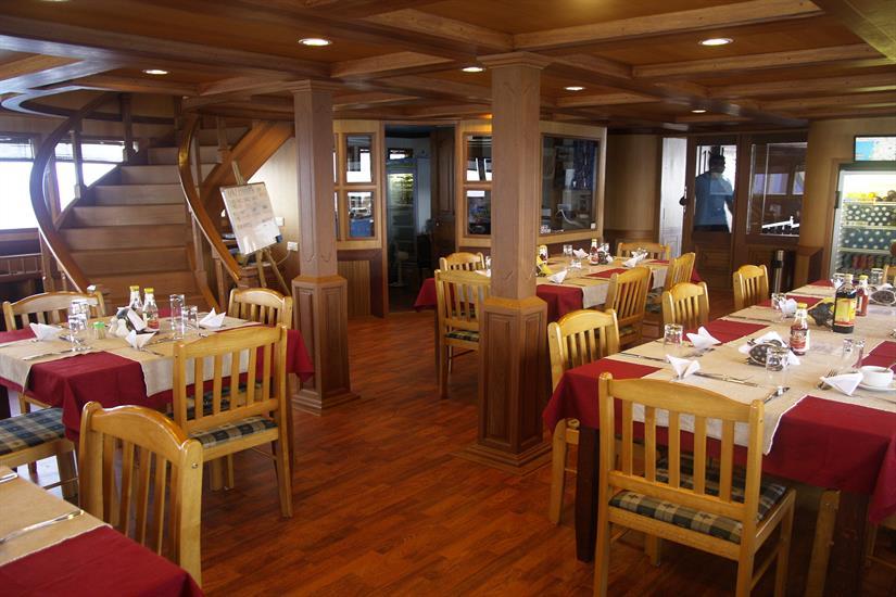 Sachika Liveaboard Restaurant