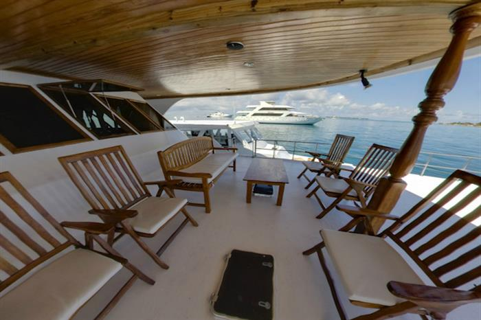 Front Open Deck - Moonima Liveaboard