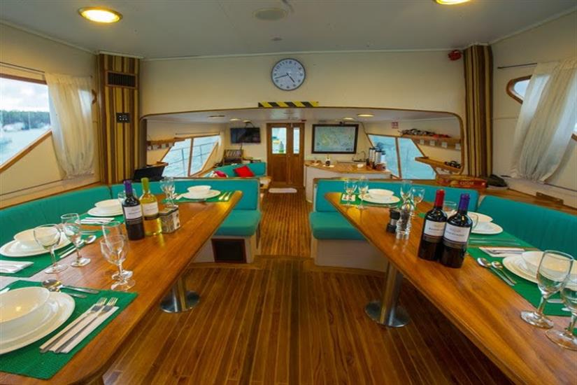 Indoor Dining Area - Nortada Liveaboard