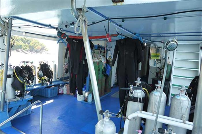 Dive Deck - MV Similan Explorer Thailand
