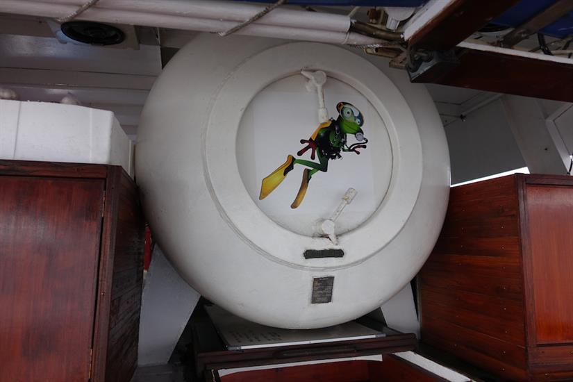 Onboard Deco Chamber - MV Empress II