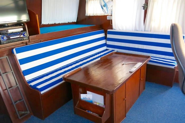 Indoor Lounge - MV Empress II