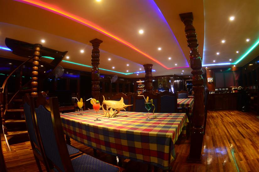 Spacious dining area - Sharifa Liveaboard