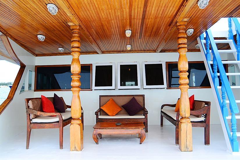 Comfortable outdoor relaxation - Sharifa Liveaboard