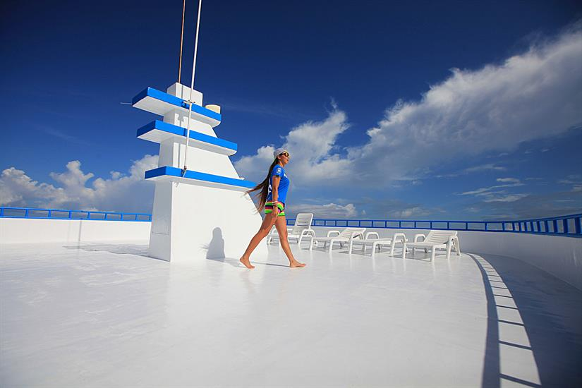 Spacious sun deck - Sharifa Liveaboard