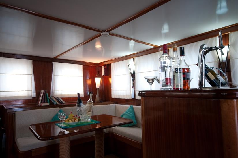 Bar area - Dream Voyager Liveaboard
