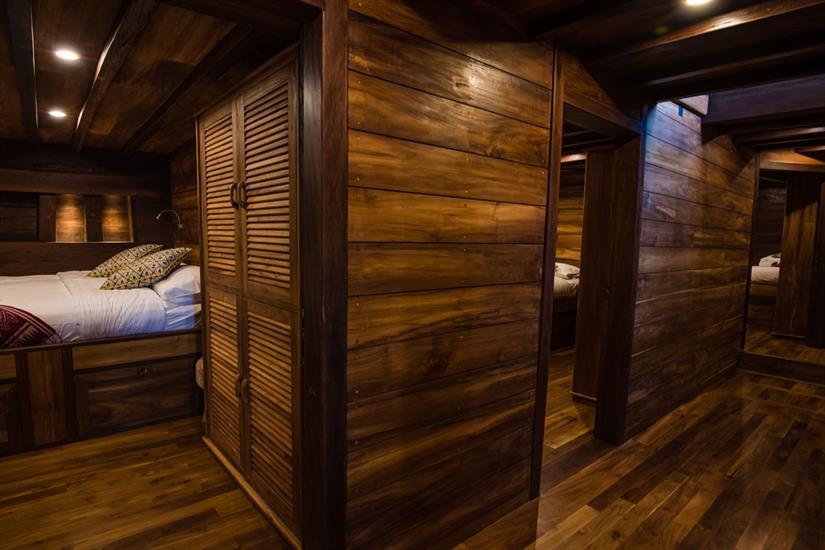 MV Samambaia - Hallway Guest Cabins