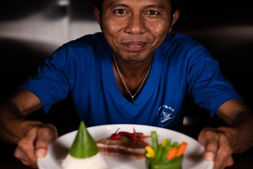 MV Samambaia - Served by the Chef