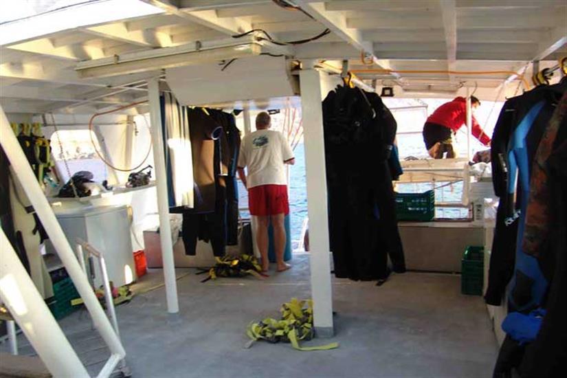 Dive Deck - Sea Escape Liveaboard Mexico