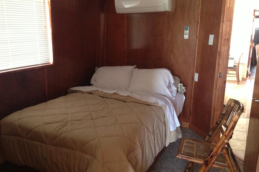 Main deck double cabin - Southern Sport Liveaboard