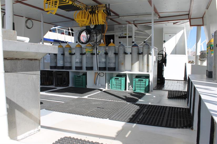 Dive deck with gear storage - Southern Sport Liveaboard