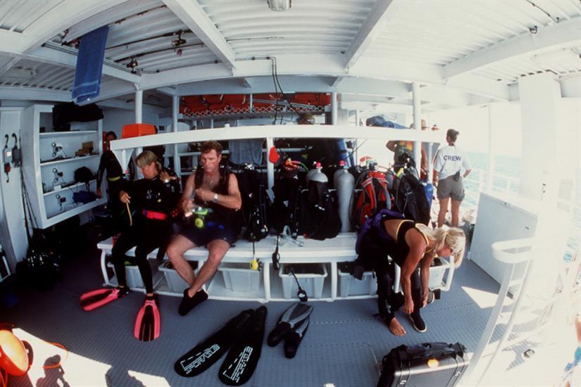 Dive deck.