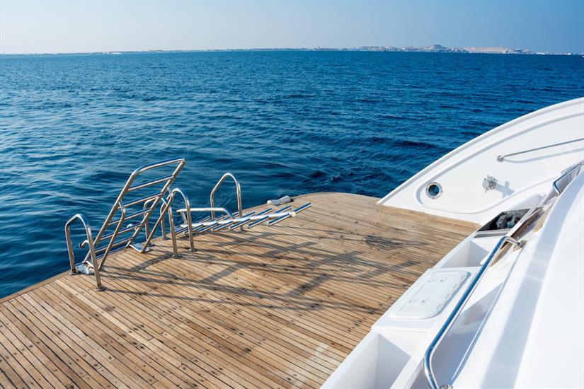 Large dive platform - MY Lucy