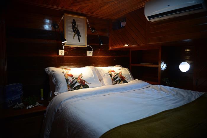 Lady Denok Double Cabin