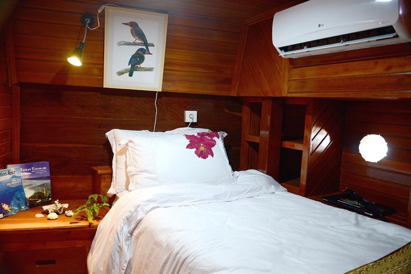 Single Cabin - Lady Denok
