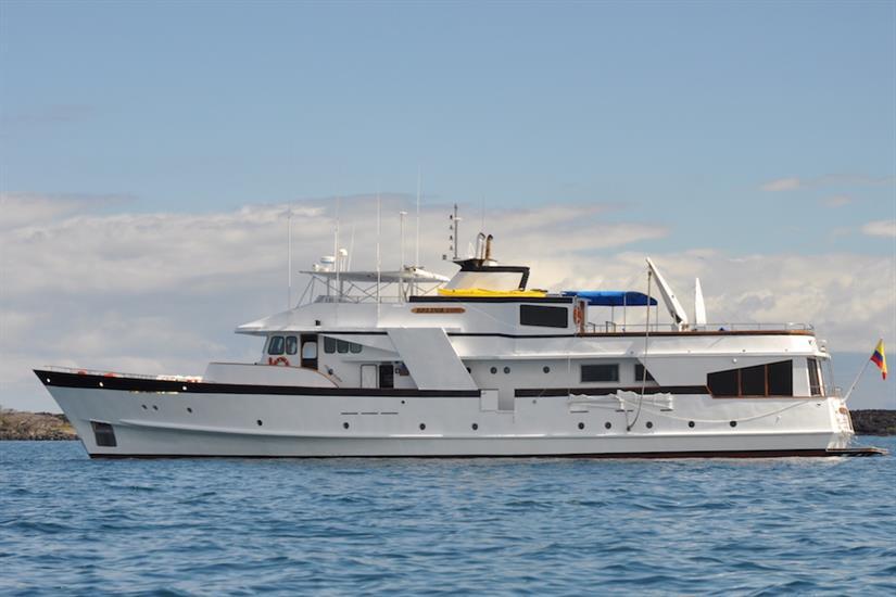 Beluga Motor Yacht Galapagos