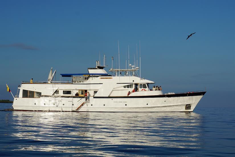 Beluga Yacht Galapagos