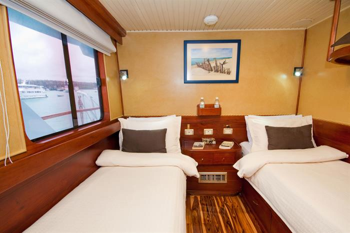 Upper deck twin cabin - Galaven Galapagos