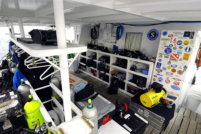 Dive deck and camera storage - Nautilus Under Sea