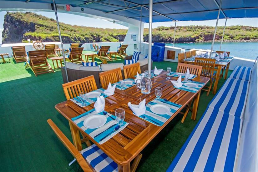 Outside dining aboard Archipell II Galapagos