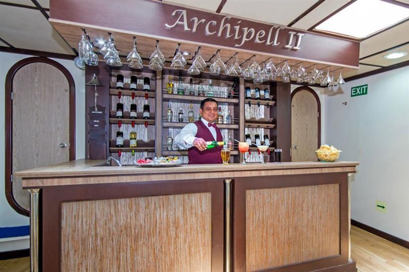 Bar aboard Archipell II Galapagos