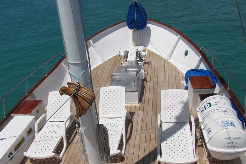 Sun Deck with loungers - Samba Galapagos