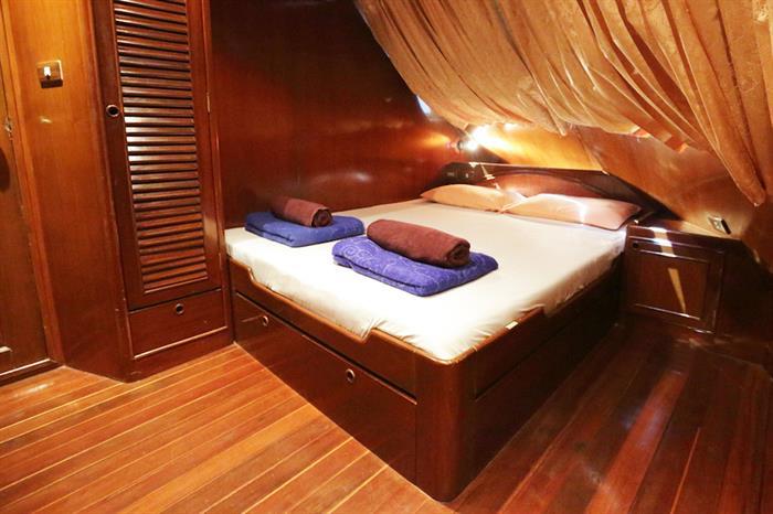Deluxe Cabin - MV Hallelujah Thailand