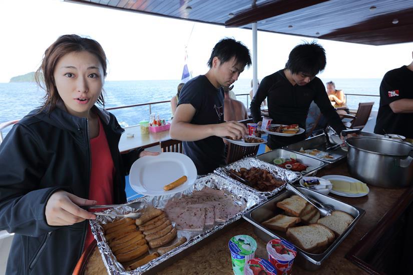 Breakfast Time - MV Hallelujah Thailand