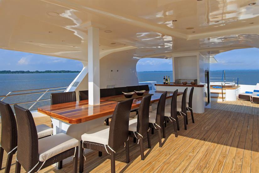 Al Fresco Dining Area - Natural Paradise Yacht Galapagos
