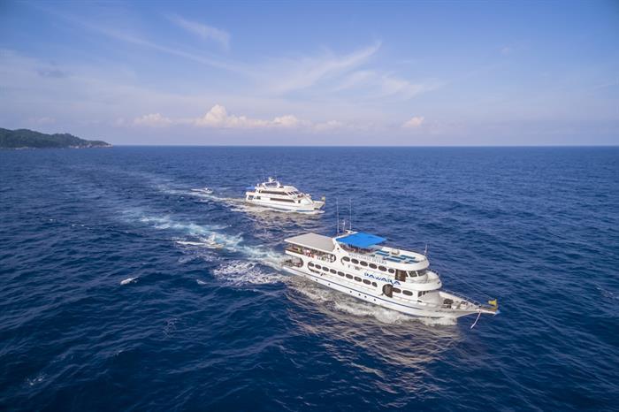MV Sawasdee Fasai & MV Pawara Thailand