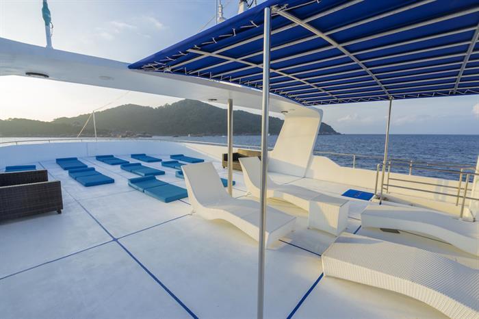Sun Deck & Loungers - MV Sawasdee Fasai Thailand
