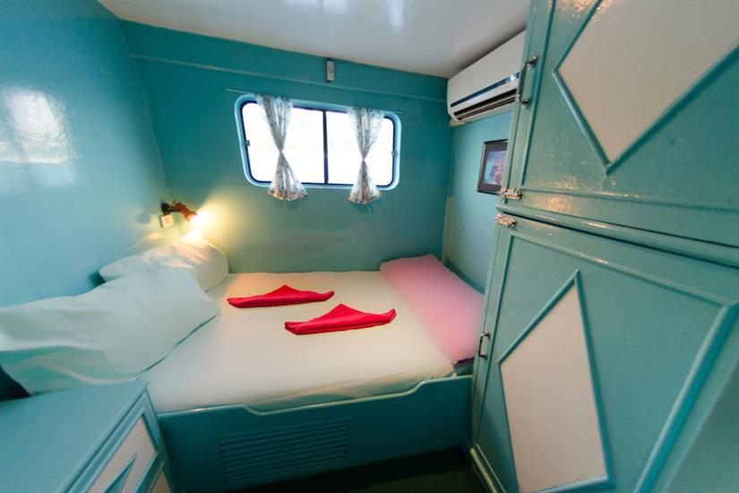 Double bed cabin, main deck