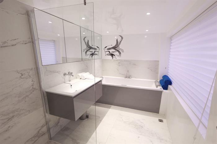 Suite bathroom - Azalea Maldives
