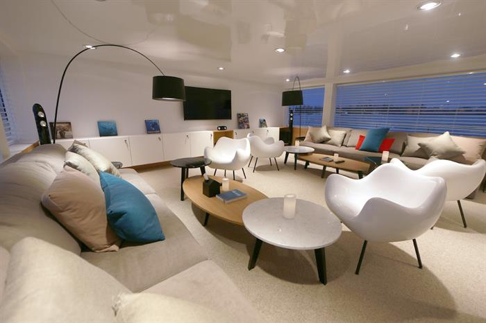 Indoor lounge area - Azalea Maldives
