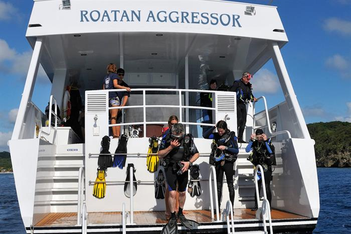 Spacious Dive Deck - Roatan Aggressor