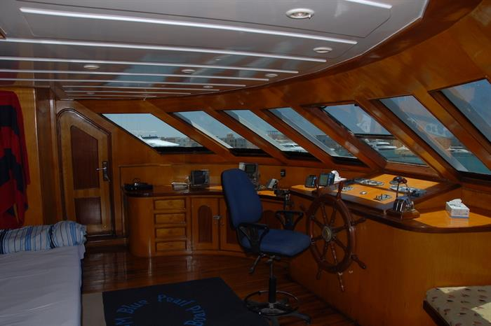 Wheel house onboard Blue Pearl Liveaboard