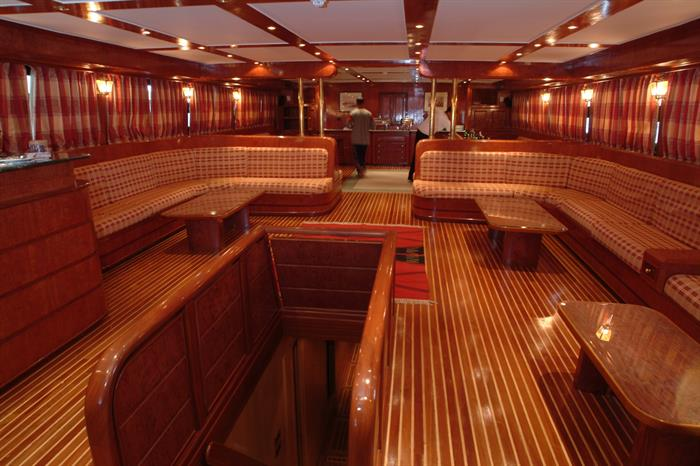 MY Blue Seas Liveaboard interior salon