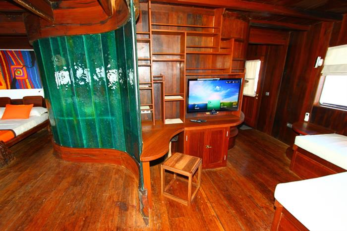 Master Cabin - Waow Liveaboard