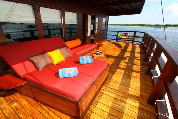 Master Cabin - MSY Waow Liveaboard