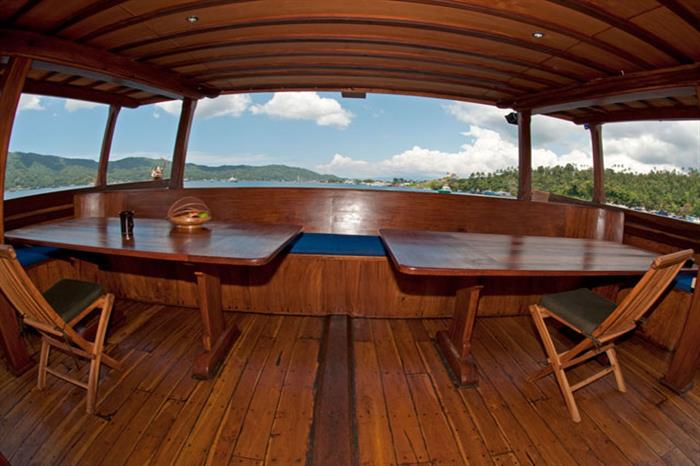 Outdoor Views - Aurora Liveaboard