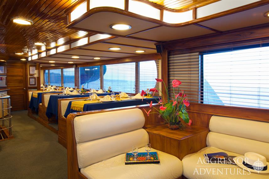 Salon interior - Galapagos Aggressor III