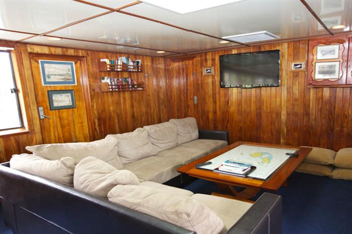 Fiji Aggressor Liveaboard Salon